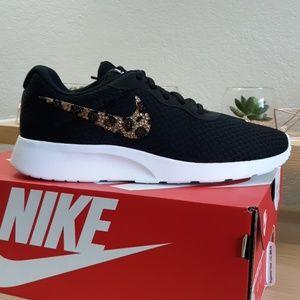 Leopard Spot Bling Nike Tanjun Black